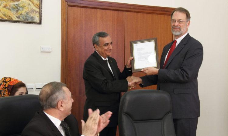 Посольство США присудило грант для восстановление караван-сарая в селении Даяхатын, расположенного на маршруте Великого Шелкового пути